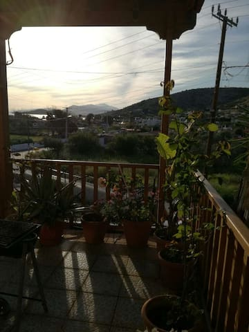 Σπίτι με κήπο - Steno - Hus