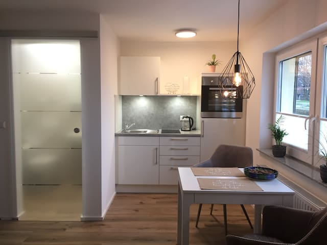 TOP Business-Apartment (2) - in Weingarten