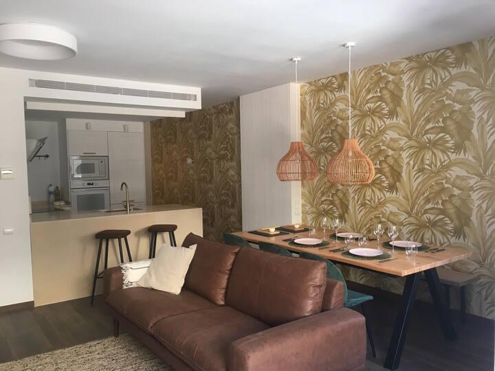 Dazzling flat with views of the Tarragona market