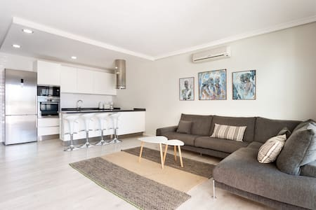 townhouse / adosado cerca del mar-Wifi-Smart TV