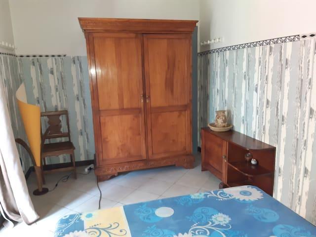 fond de meubles creoles Tamarin