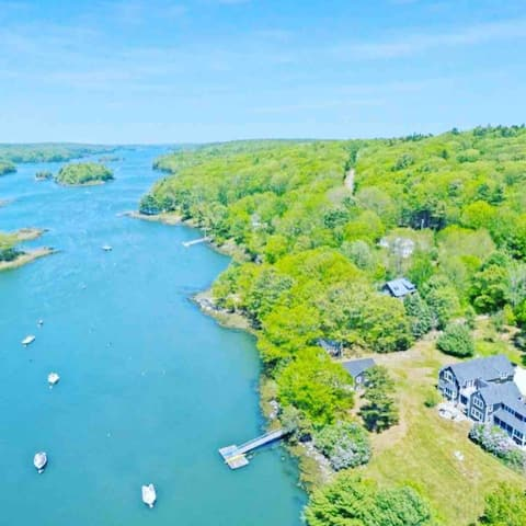 Seahorse North Cottage - scenic Maine cove views