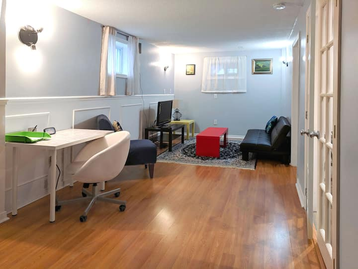 Clean comfortable whole apartment suite no sharing