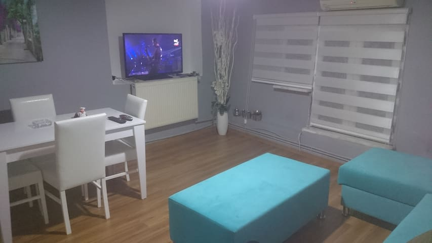 Quiet Cozy Flat at Center Besiktas