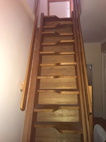 Paddle staircase up to Attic room