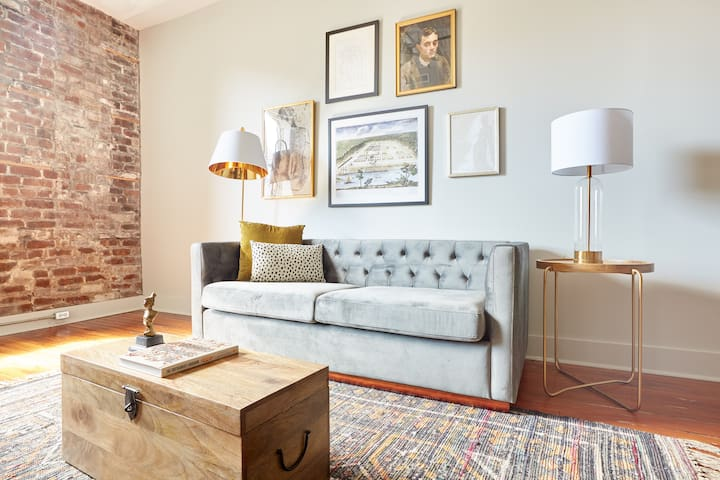 Sonder | The Broughton | Sleek 1BR + Sleeper Sofa
