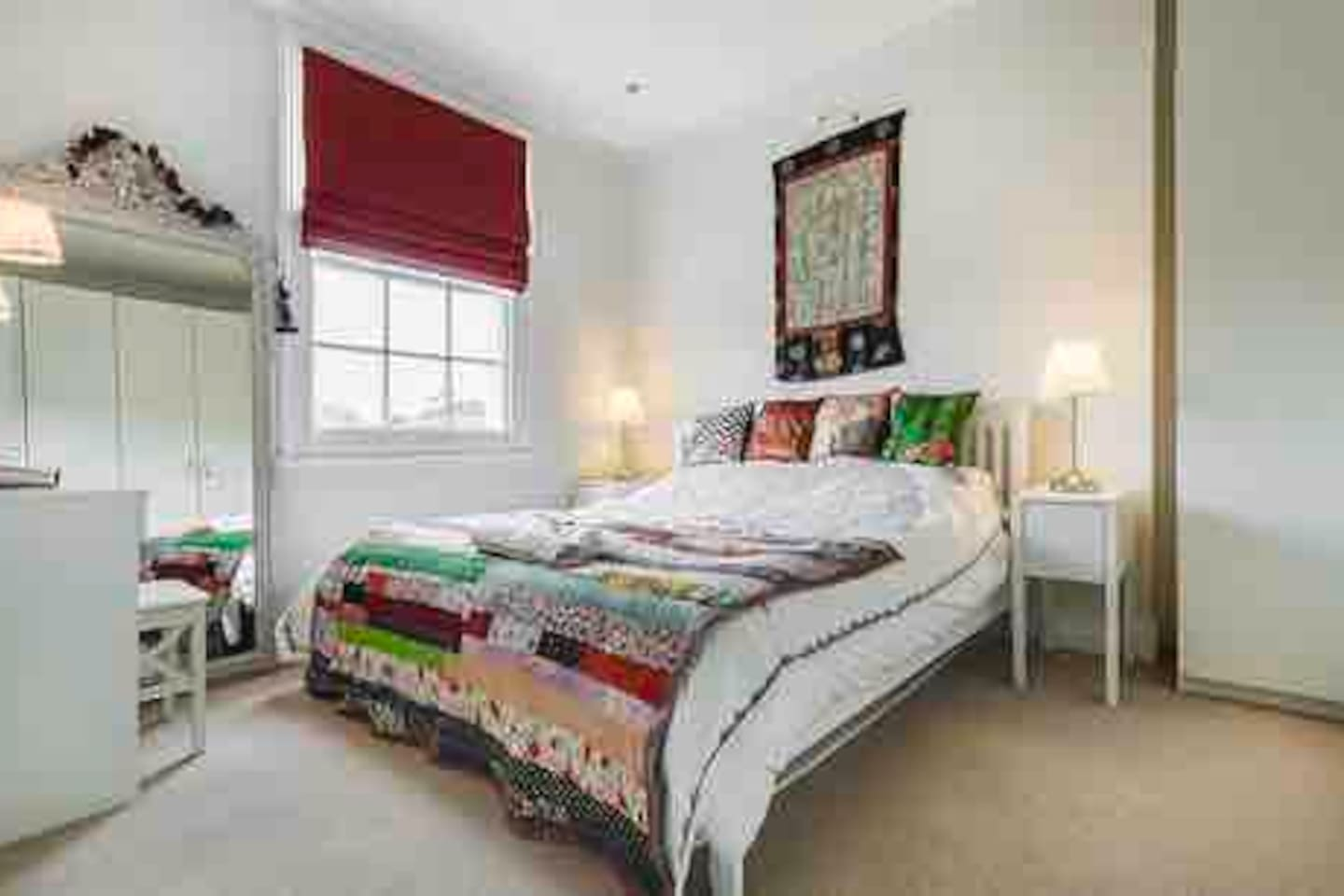 Bedroom. 7 foot bed with comfy Vi Sprung mattress and Egyptian high count cotton bedding.