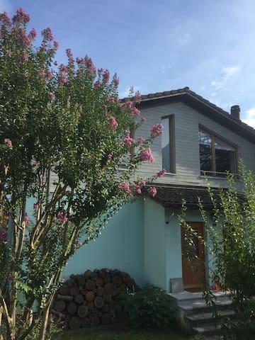 Grande appartamento a 10 minuti da Bellinzona - Claro
