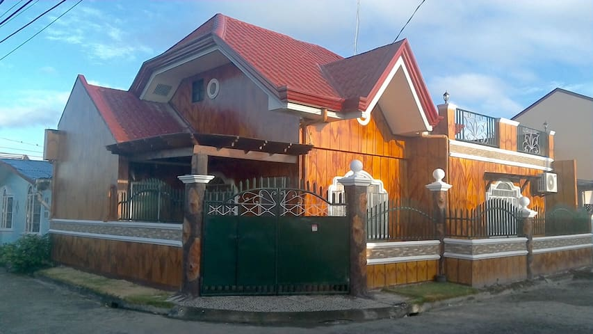 Spacious, Private Guest House in Tacloban City
