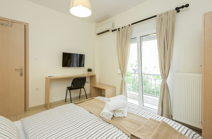 City center studio 20sqm - Thessaloniki - Apartemen