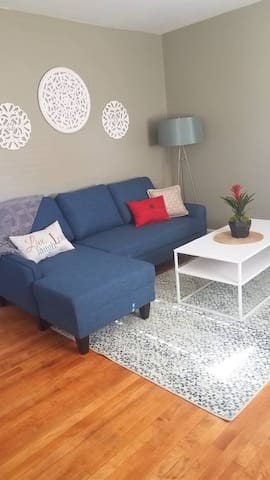 Relaxing Newly Furnished Guest Home