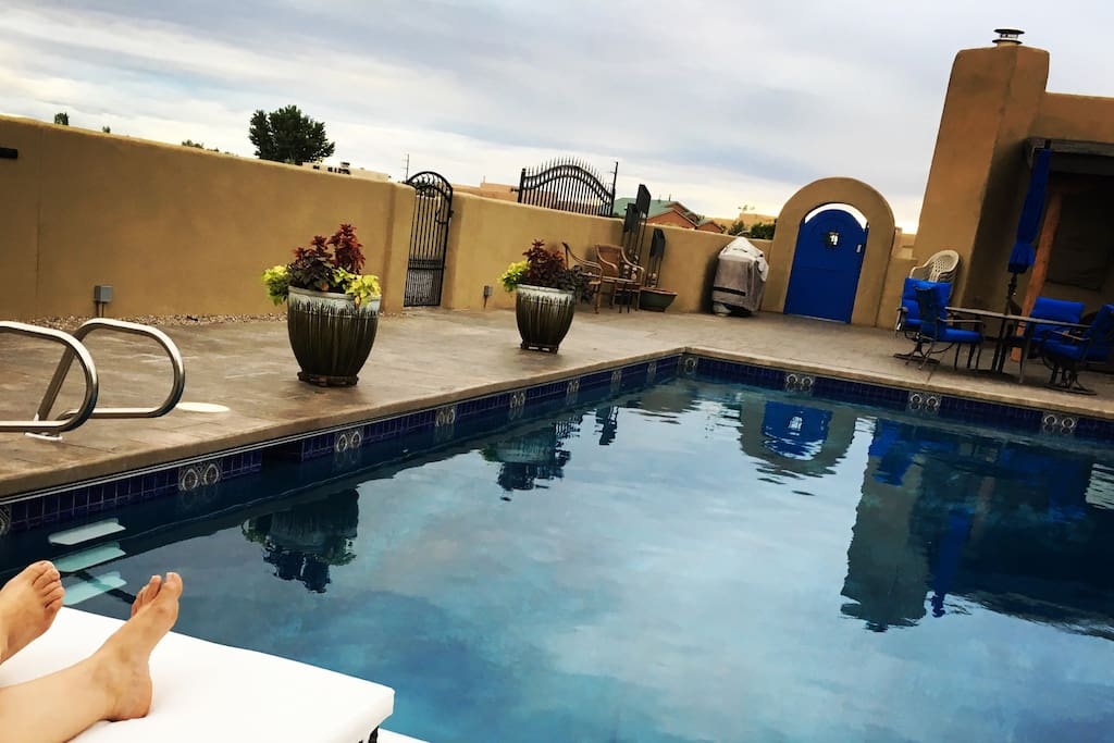 You will have access to the main courtyard with a pool. Pool towels provided.