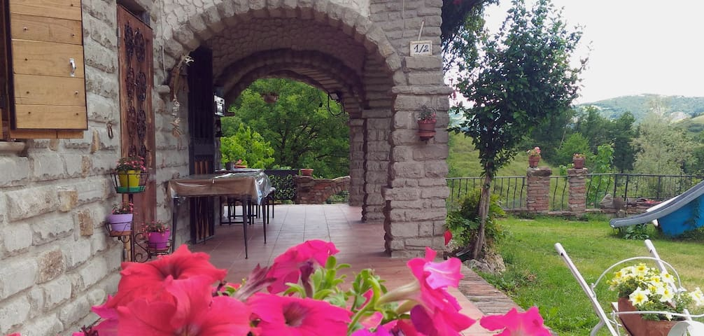 Ca' Calvana B&B - Monterenzio - Bed & Breakfast