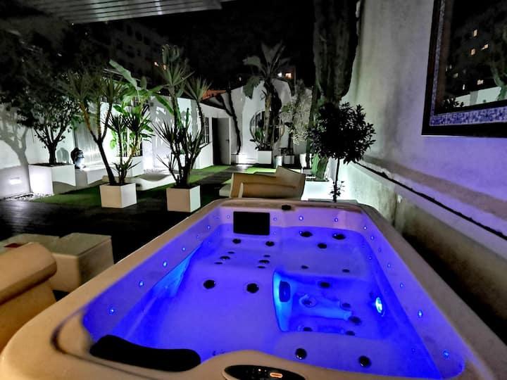 CASA REINA luxury private terrace.