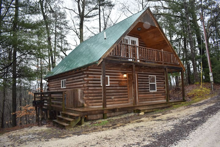 Photo of cabin in the spring