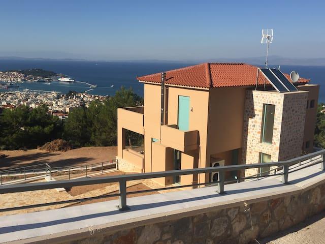 A brand new,fully equipped,luxury vaccation villa - Mitilini - Villa