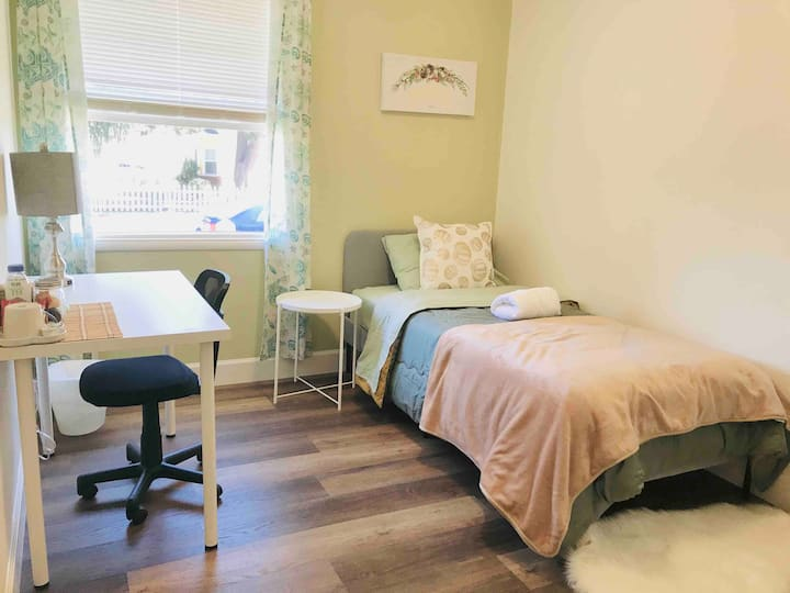 Private Bedroom #5 - Near DT & Santana Row