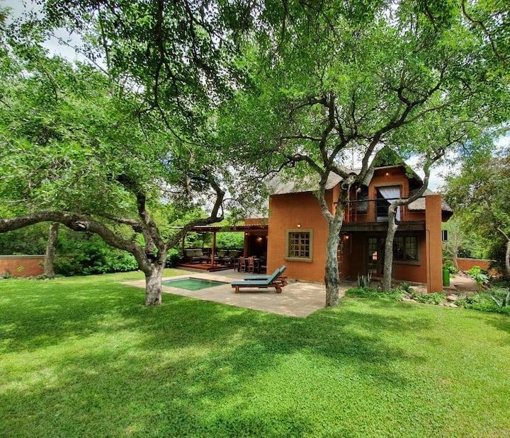 Private Bush Villa close to Kruger & Blyde Canyon