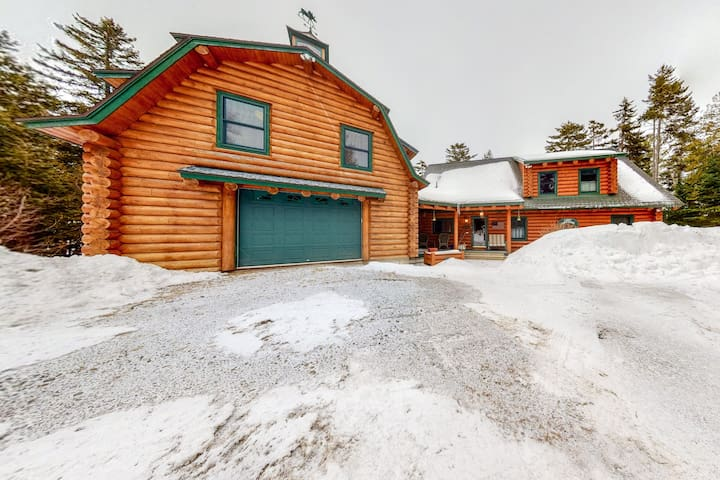 NEW LISTING! Dog-friendly, lakefront home w/ private dock, gas grill, fireplace