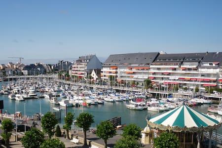 Magnifique T3 - 5 Pers + bb - Face Port Baie BAULE - Le Pouliguen