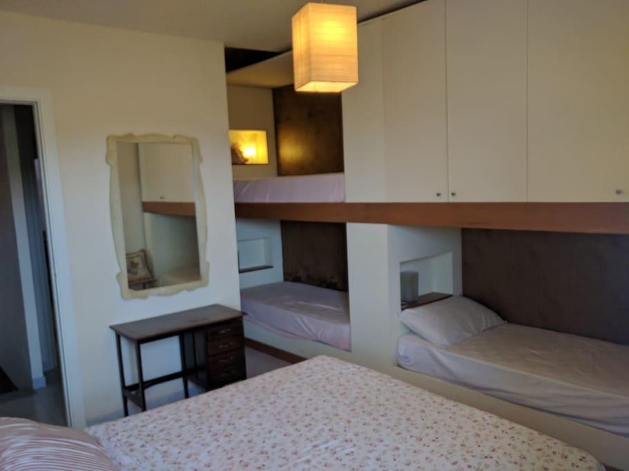 Piano superiore: Camera da letto