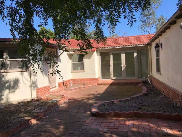 Khiem bedroomown, own bathroom in Rancho Santa Fe