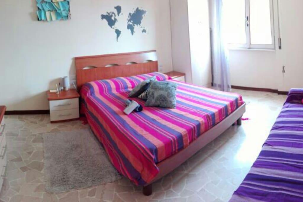 Delicious room near green metro cimiano with wifi for Appartamenti in condivisione milano