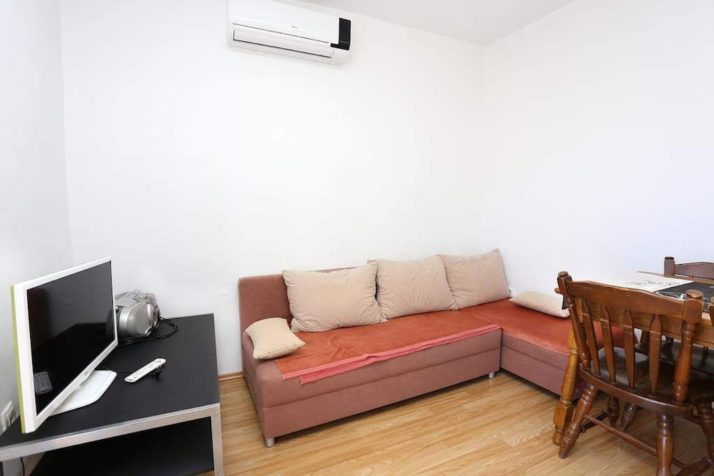 Living room, Surface: 4 m²