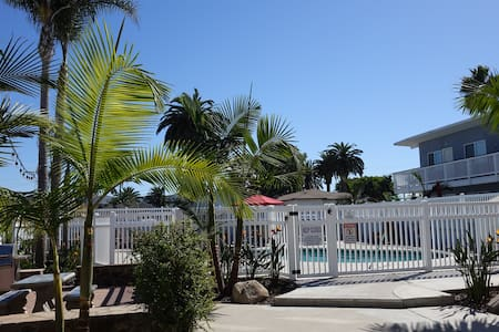 Outstanding location, Beach and Village, 2 br. E