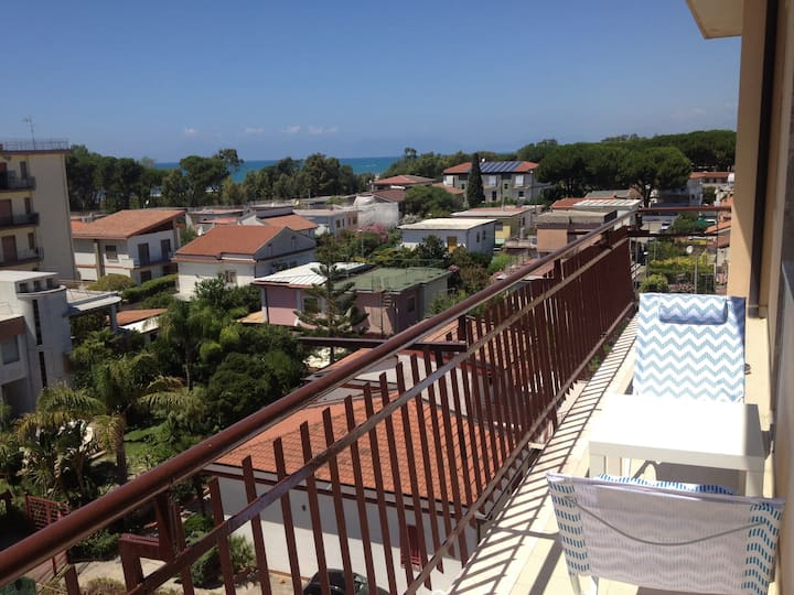 Apartment in Paestum BEAUTIFUL VIEW, with parking