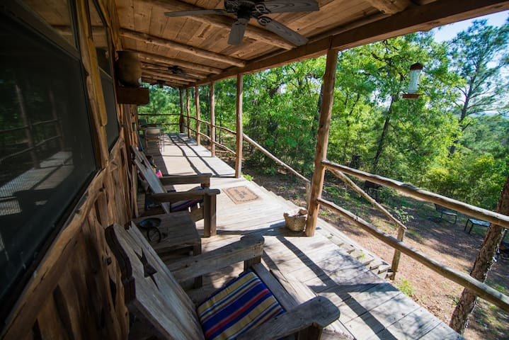 Hilltop cabin,views for miles,Smithville & Bastrop - Smithville