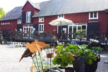 Cosy B&B near Vallåsen ski resort (discount!) - Laholm Ö