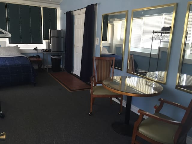 Open and Spacious Room w/ Private Entrance