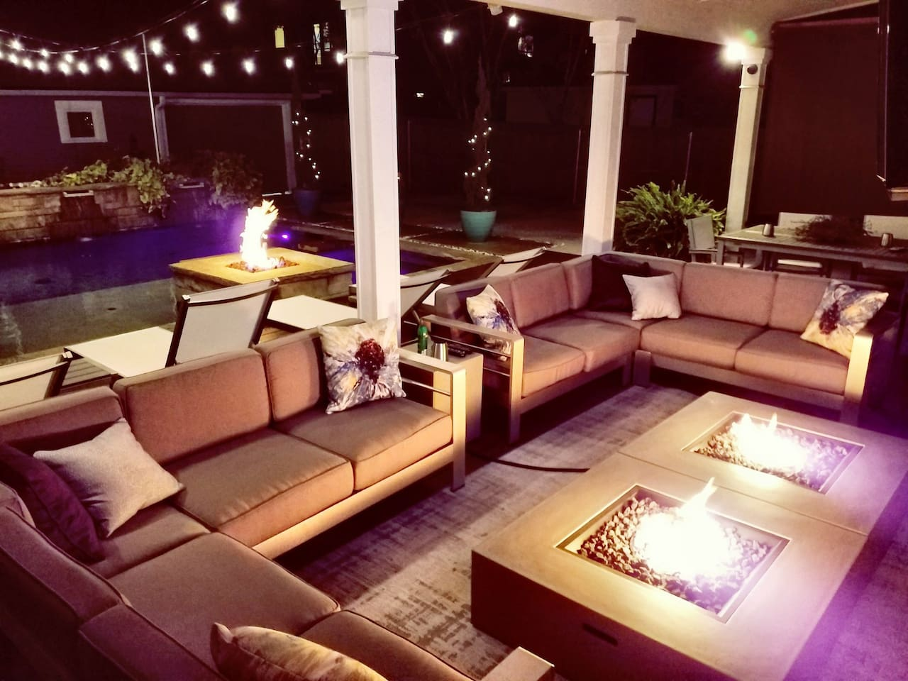 vip uptown party house pool jacuzzi sleeps16 houses for rent