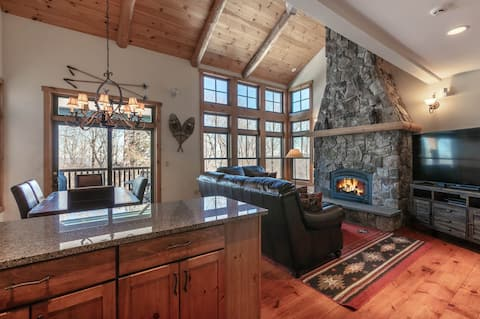 Stratton Ski-In/Out 4BR Chalet with Tesla Charger