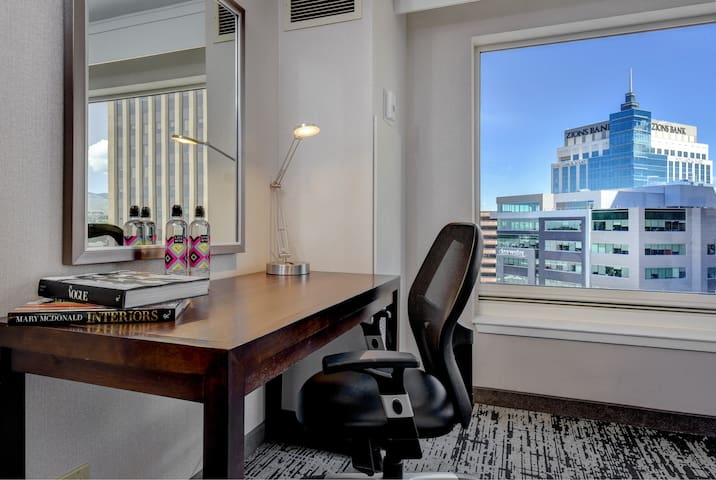 Business travellers will love the desk space.