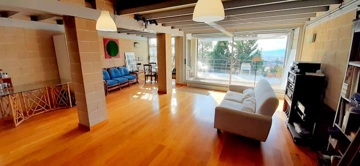 ****Private room in amazing 120m 2floor loft
