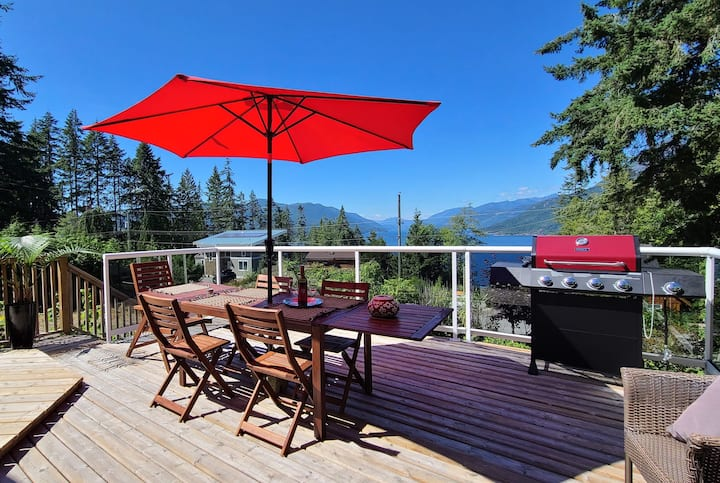 West Coast Getaway with Amazing Inlet View