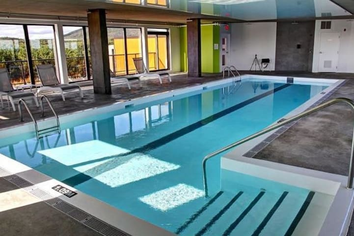Appartment with indoor heated pool - Ville de Québec - Pis