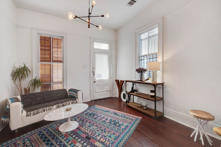 Classic New Orleans style home near St Claude