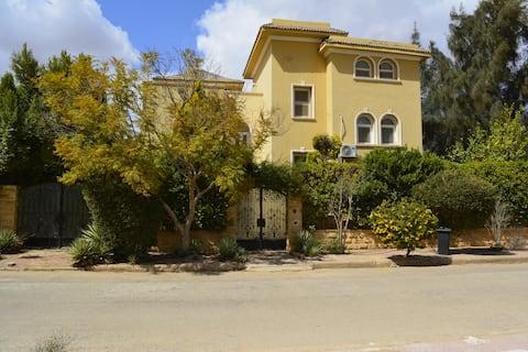 Villa in Golf Al-Solaimaneyah Resort