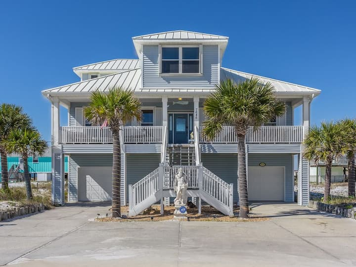 Beautiful Beach House on Navarre Beach! Book Now for 2021