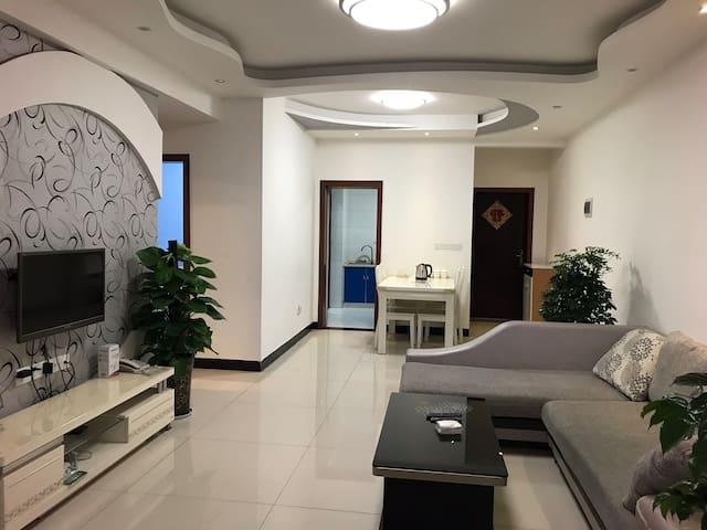 川北医学院新区旁温馨两居室