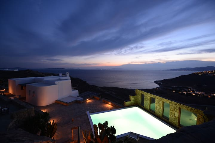 3 BDR Villa Topaz with shared pool by Diles Villas