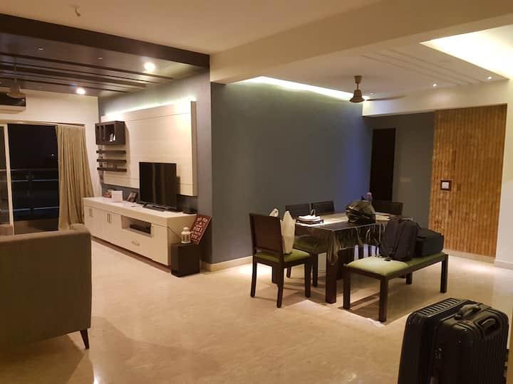 Luxury apartment at marine drive