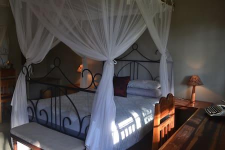 Safara House - Lilongwe - Bed & Breakfast