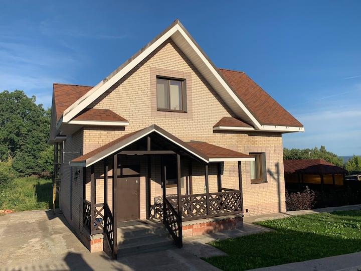 Отличный загородный дом