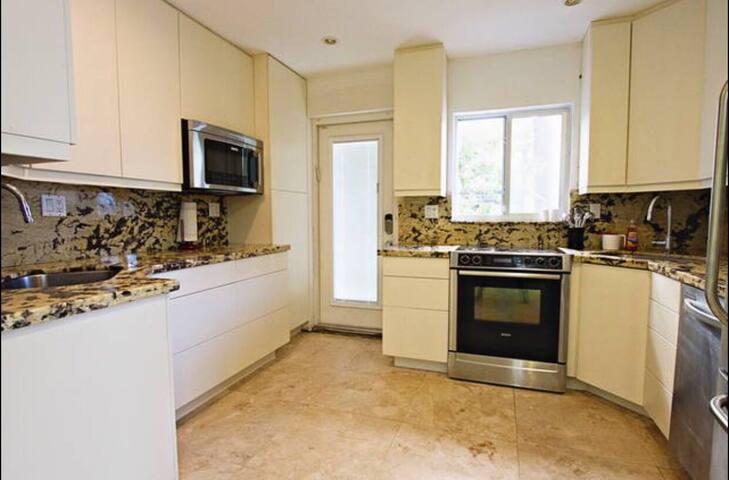 Comfy 3/2 Perfect for Groups&Family | Lincoln Road - Miami Beach - Apartamento