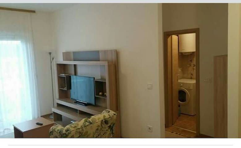 Nice apartment 10min from Old Town