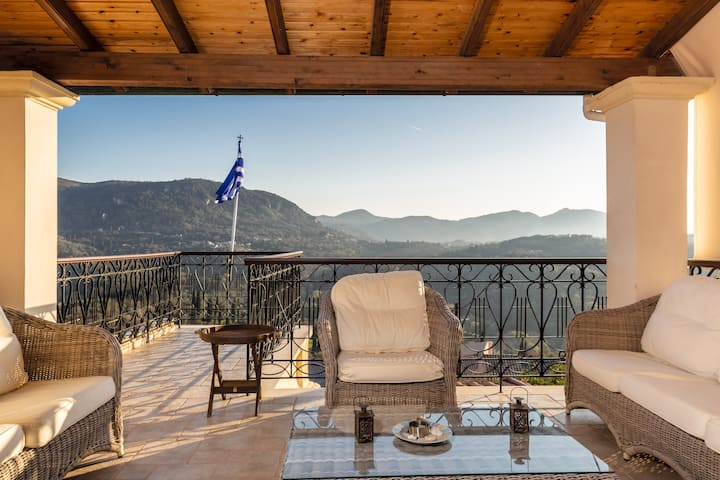 Villa Areti, Amazing Views